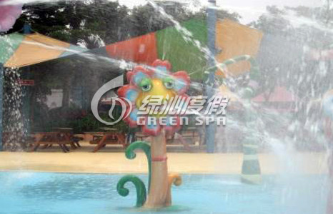 Fiberglass Aqua Park Equipment Sunflower Water Spray for Holiday Resort Summer Entertainment